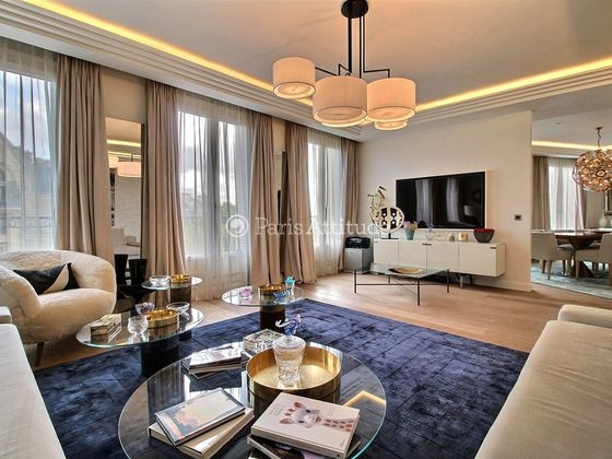 Location appartement meublé 5 pièces 200 m2