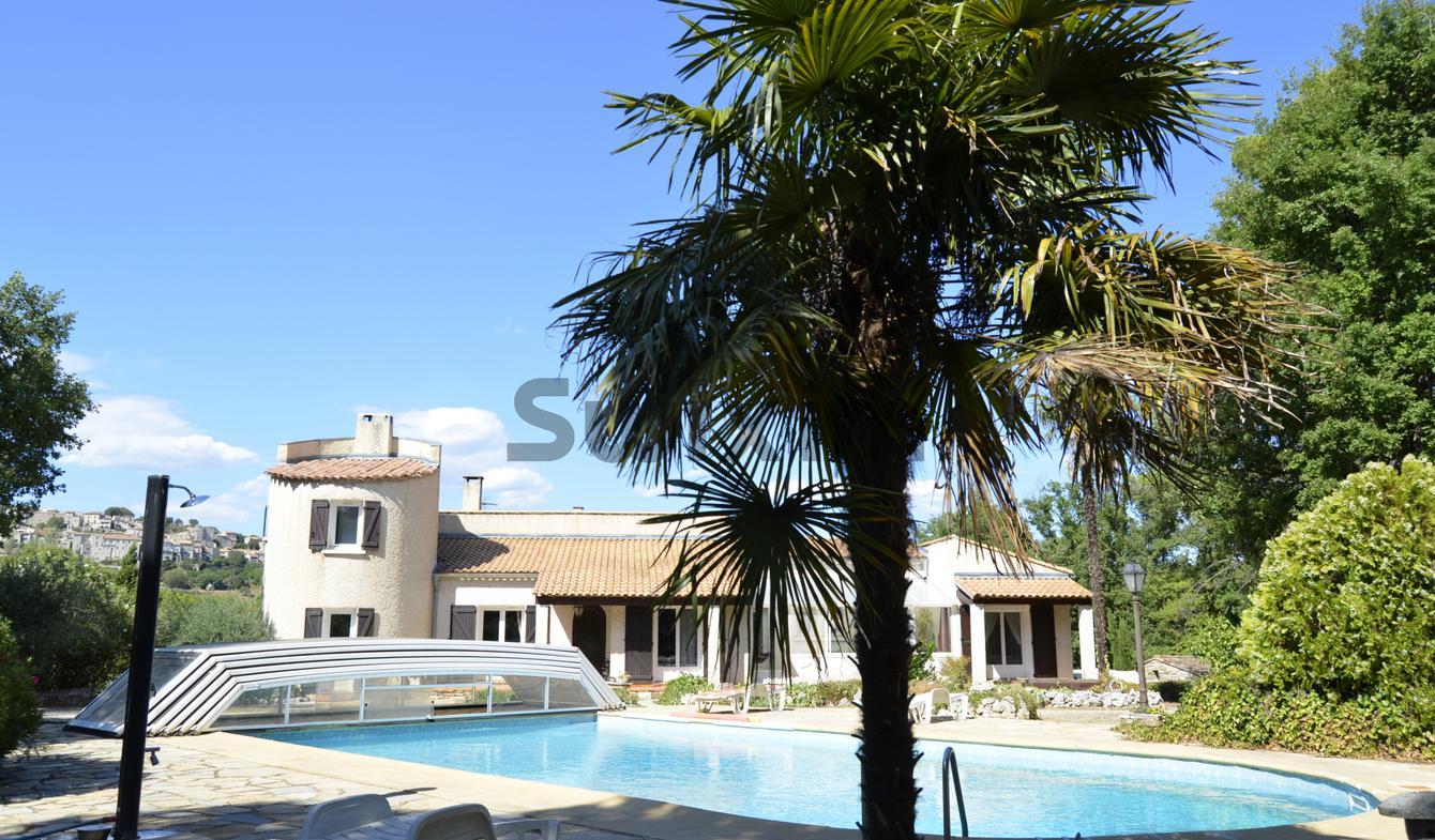 Villa avec piscine Vezenobres