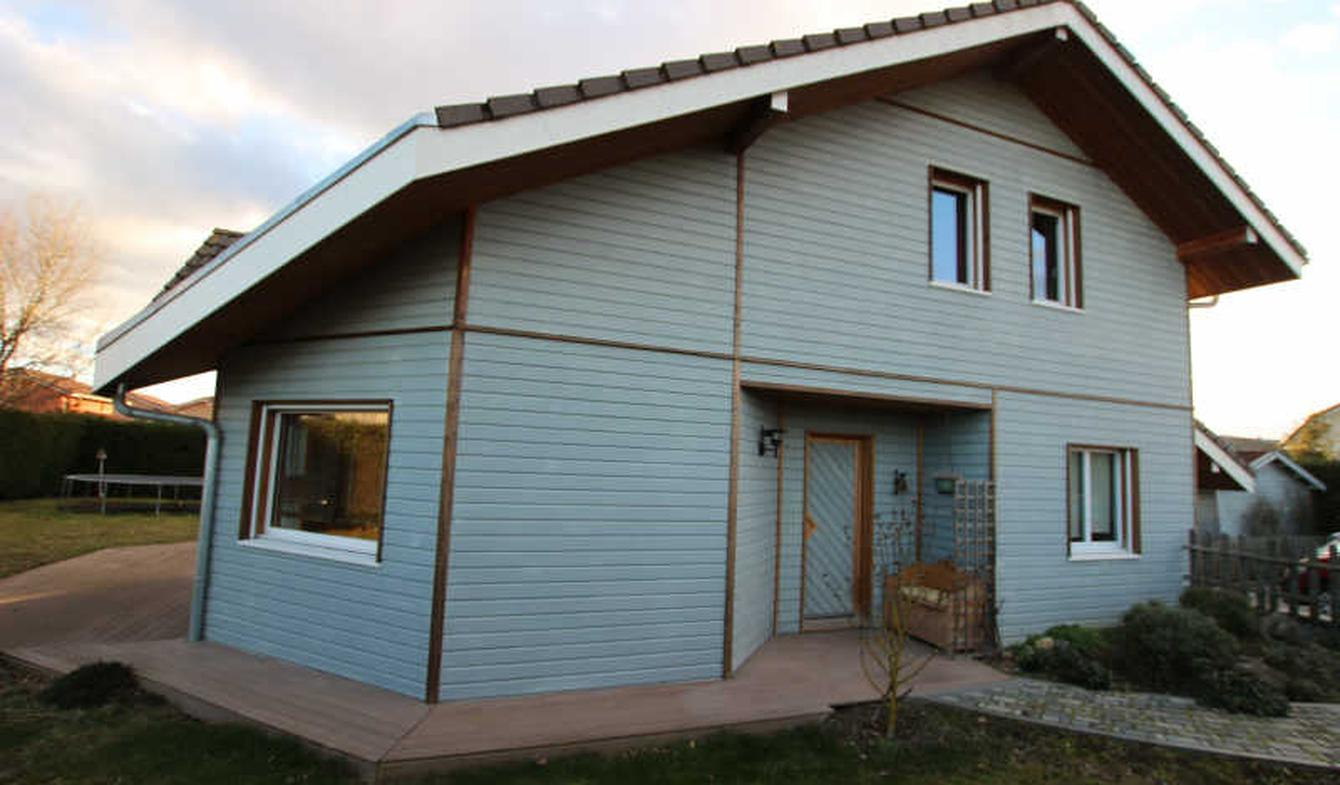Villa avec piscine et terrasse Douvaine