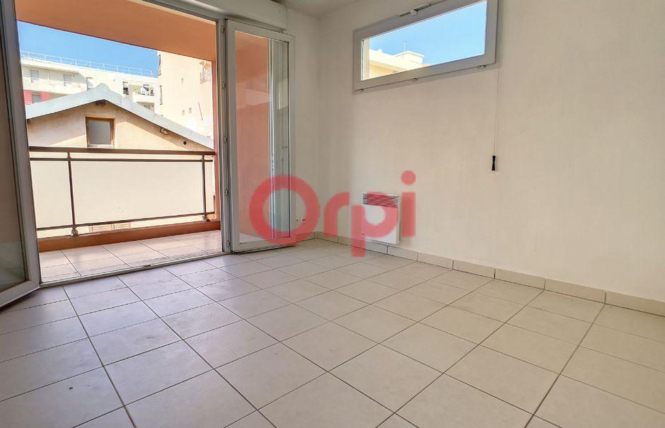 Location  appartement 2 pièces 39.04 m² à Saint-Laurent-du-Var (06700), 775 €