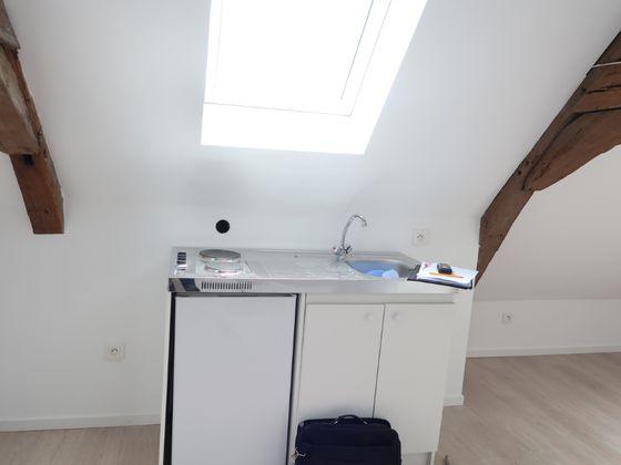 Location studio 46,9 m2