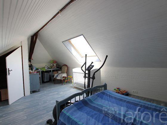Vente maison 4 pièces 147 m2