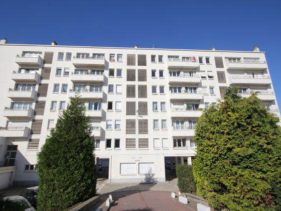 Location appartement 3 pièces 72,29 m2