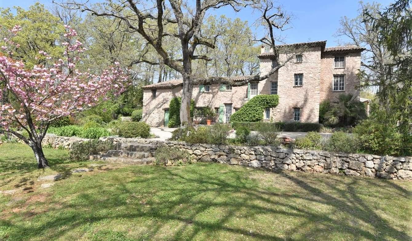 Maison avec piscine et terrasse Callian