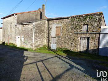 maison à La Chapelle-Bertrand (79)