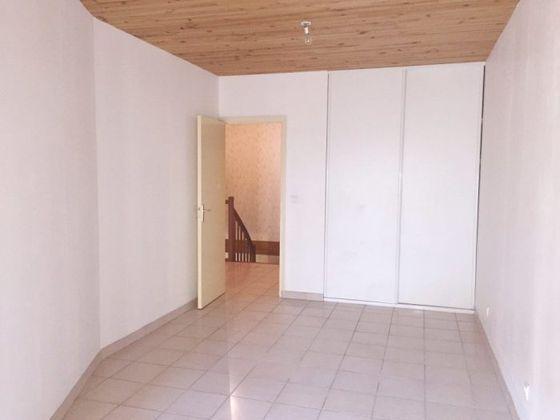 Location maison 3 pièces 83 m2