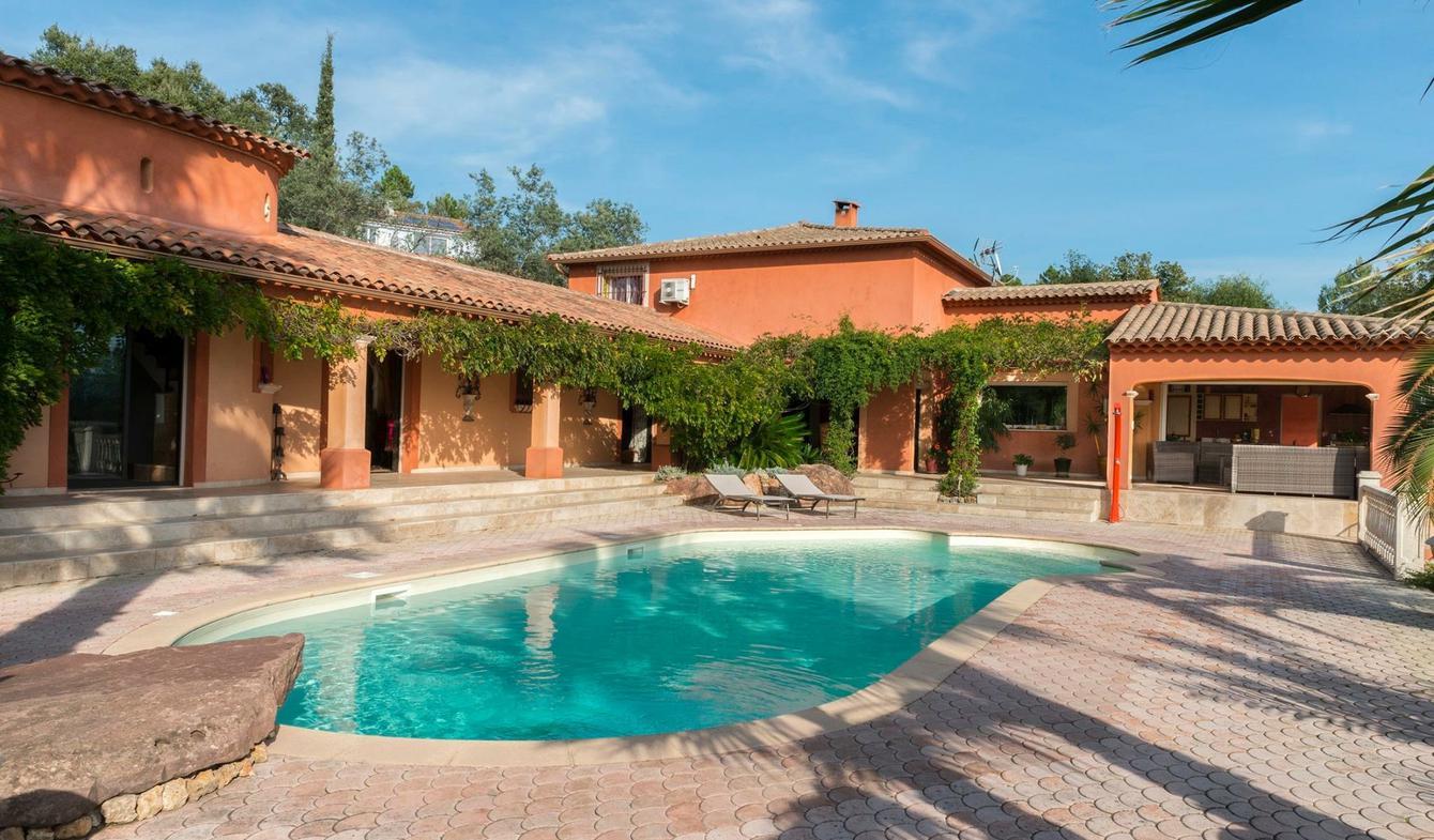 Villa avec piscine et jardin Vidauban