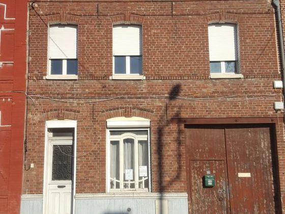 Location maison 7 pièces 110 m2