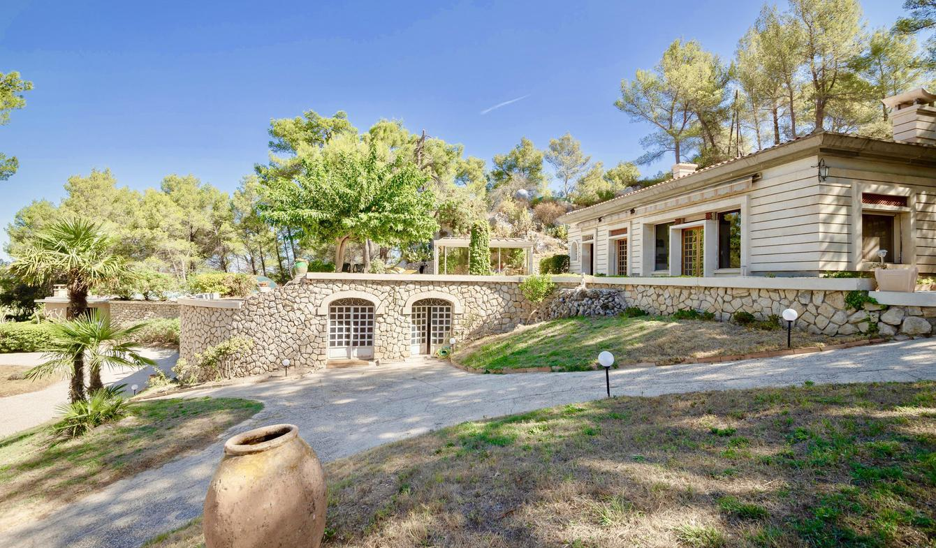 Property with pool Saint-Rémy-de-Provence