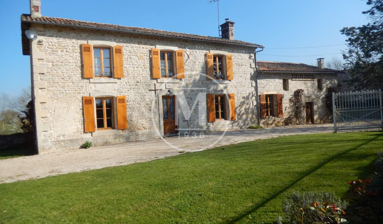 Maison avec piscine Saint-Maixent-l'Ecole