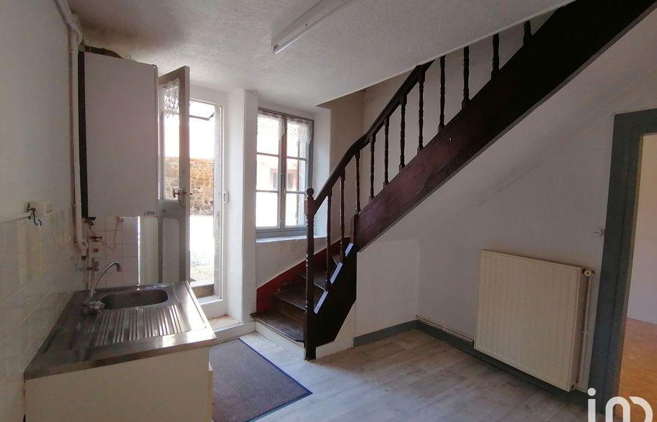 Vente maison 5 pièces 99 m² à Bellegarde-en-Marche (23190), 61 000 €