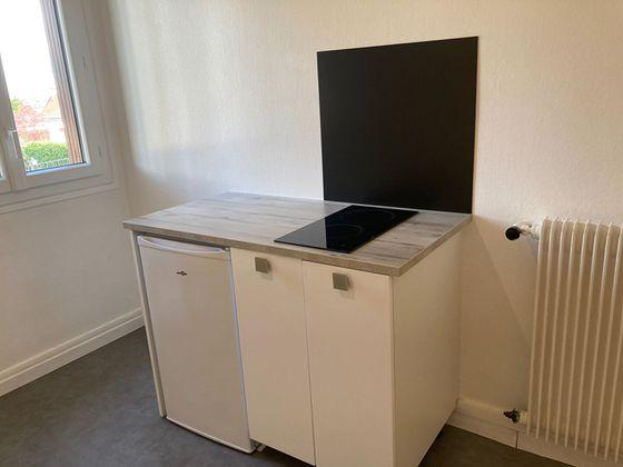 Location studio 10,38 m2