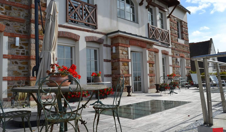 Villa avec piscine et terrasse Pléneuf-Val-André