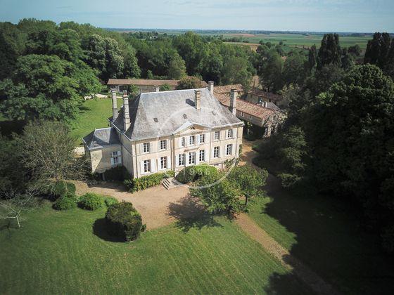 Vente château 20 pièces 578 m2