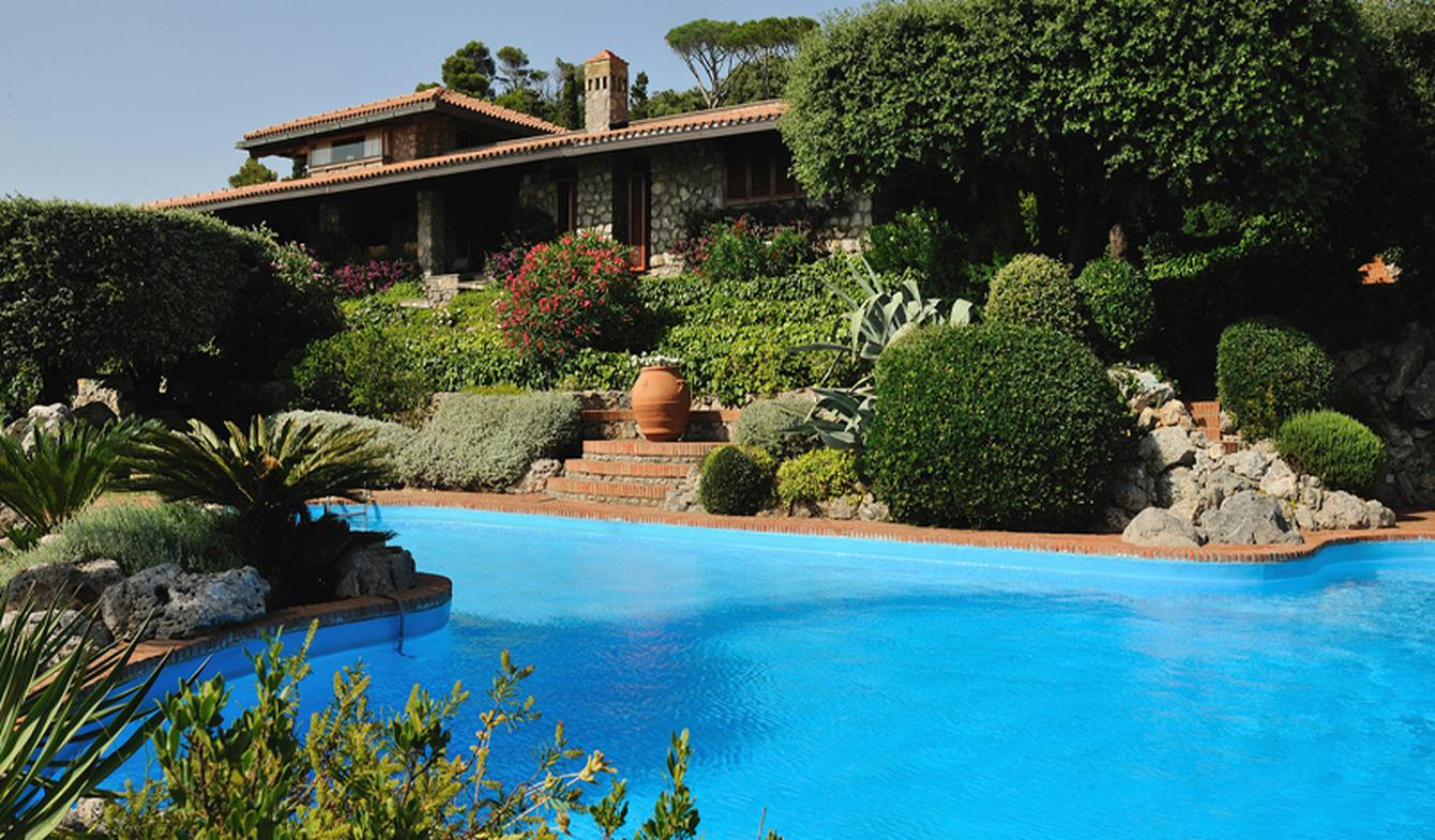 Villa with pool and terrace Orbetello