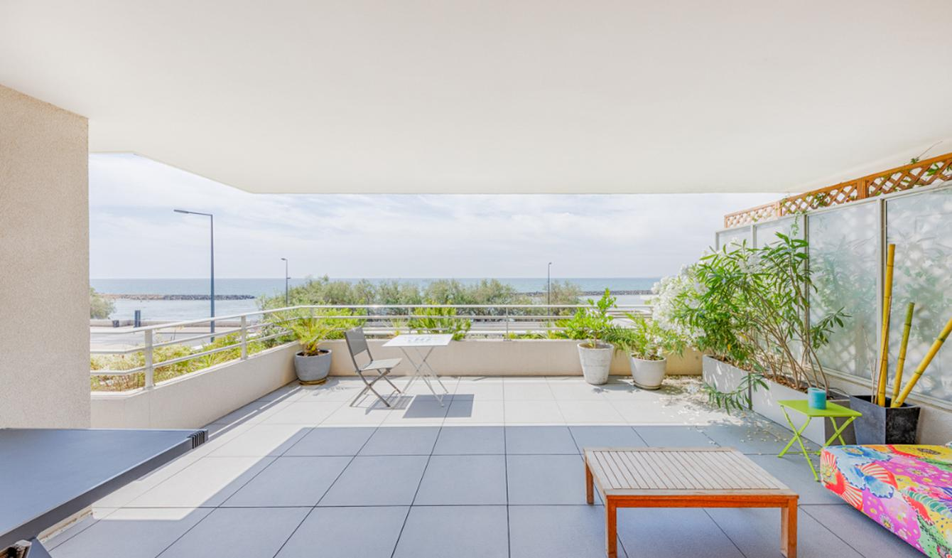 Appartement avec terrasse et piscine Sète