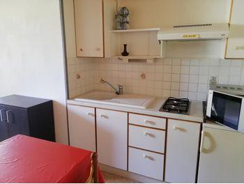 Location D Appartements Meubles A Saintes 17 Appartement Meuble