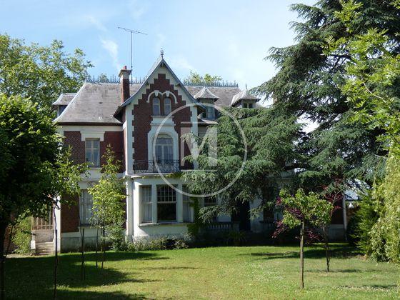 Vente maison 12 pièces 358 m2