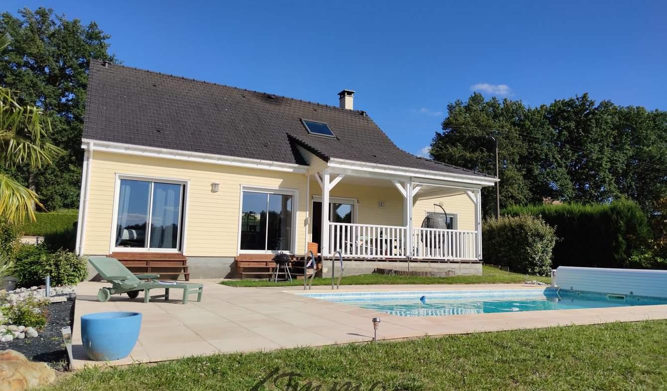 Maison avec piscine et terrasse Thorée-les-Pins