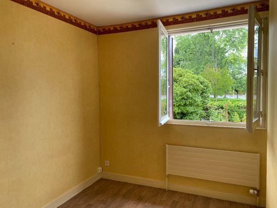 Location maison 6 pièces 90 m2