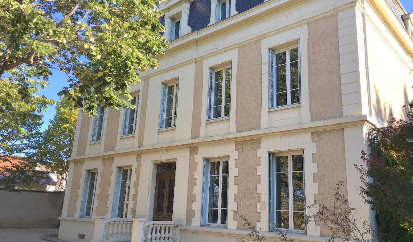 Maison avec piscine et terrasse Chasse-sur-Rhône