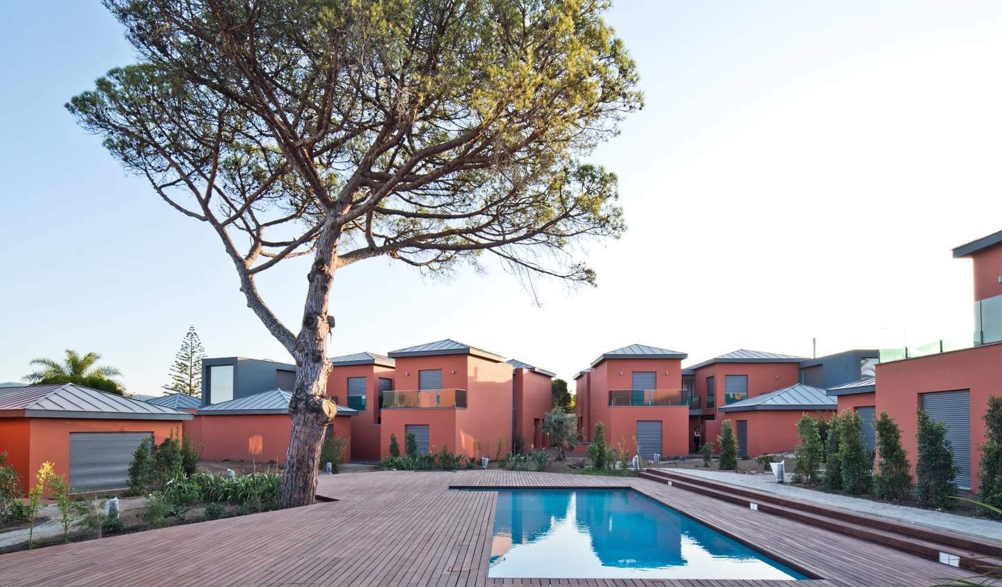 Villa with pool and garden Cascais