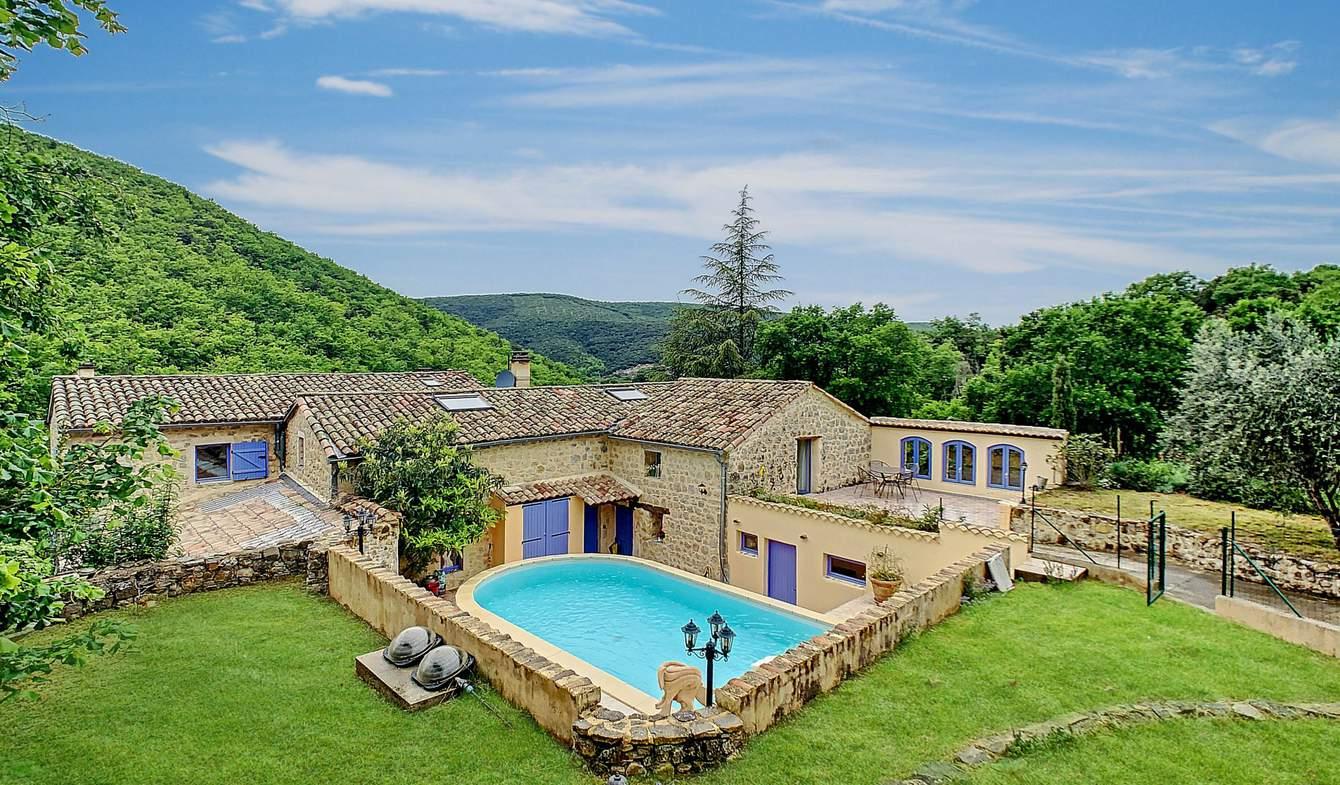 Villa avec piscine et terrasse Saint-Maurice-d'Ibie