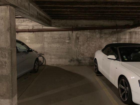 Vente parking 11 m2