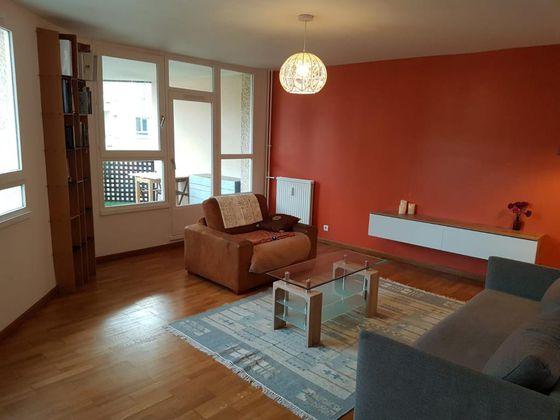 Location appartement meublé 4 pièces 108 m2