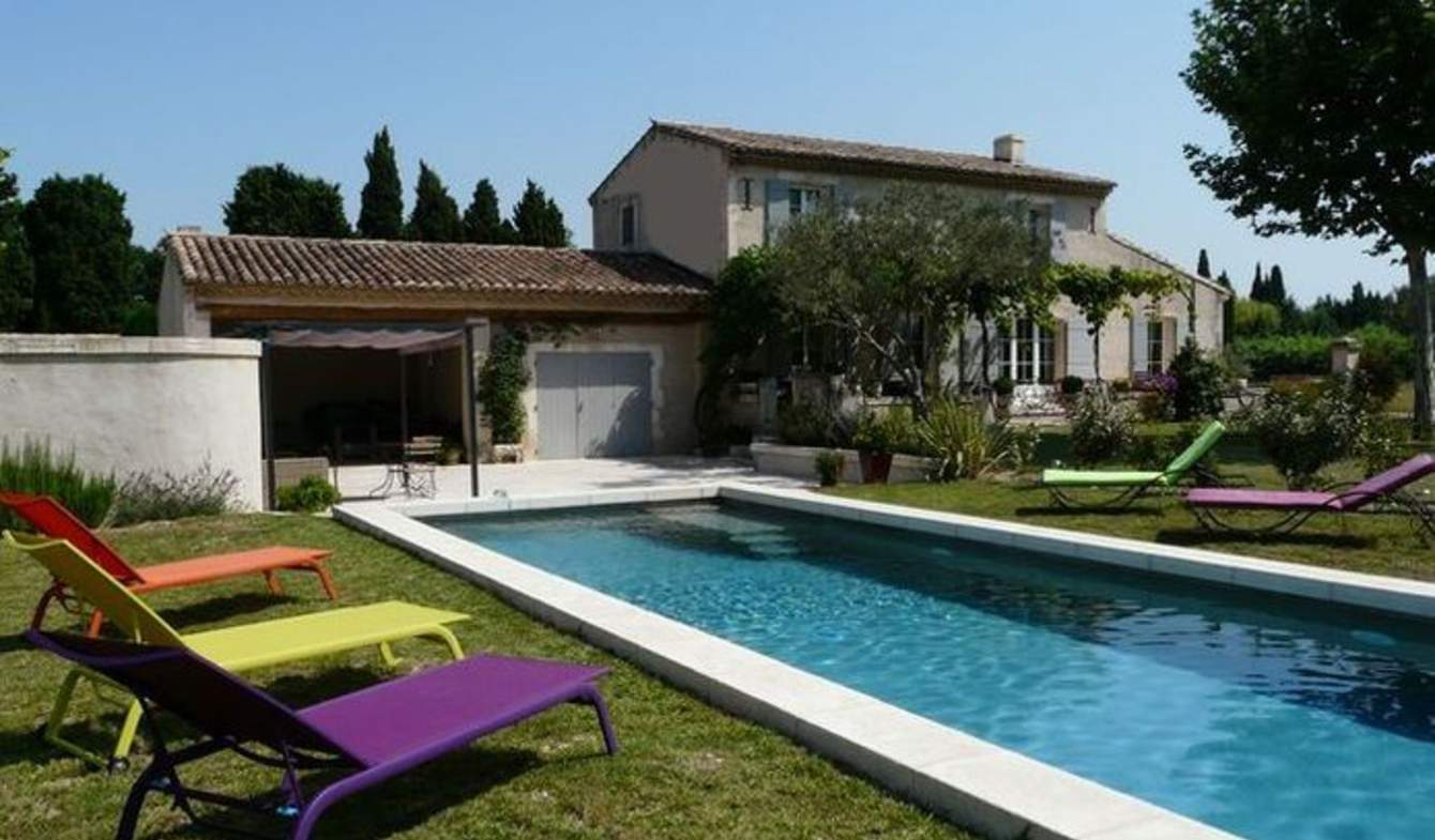 Property with pool and garden Saint-Rémy-de-Provence