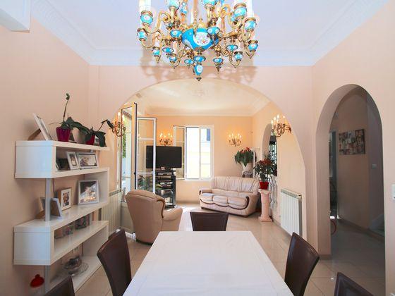 Vente villa 5 pièces 171 m2