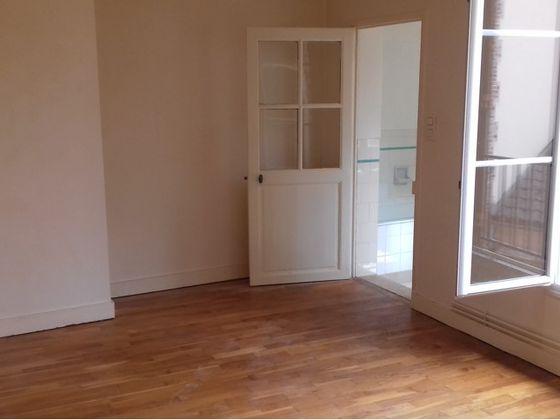 Location appartement 3 pièces 64,79 m2