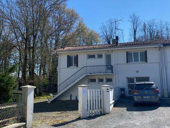 maison à Angoumé (40)