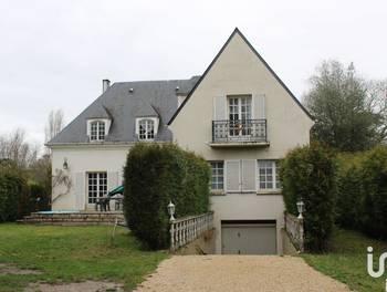 Maison 10 pièces 292 m2