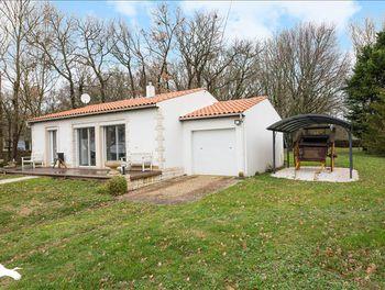 maison à Chenac-Saint-Seurin-d'Uzet (17)