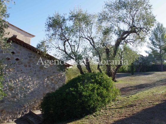Vente villa 6 pièces 261,59 m2