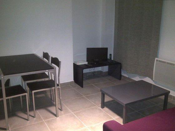Location studio meublé 34 m2