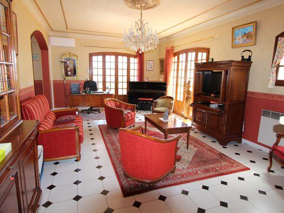 Vente villa 5 pièces 182,31 m2