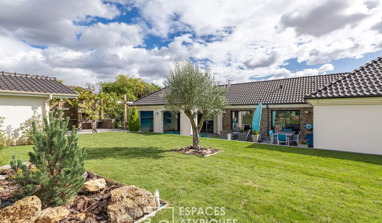 Maison avec piscine et terrasse Lesigny
