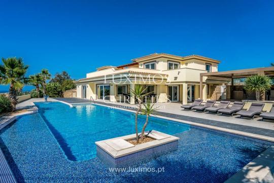 Villa