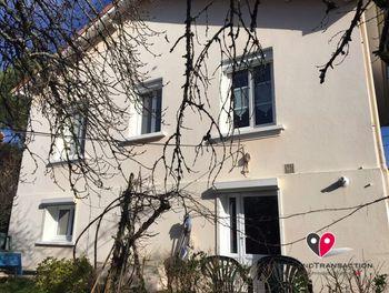 maison à L'Isle-d'Espagnac (16)