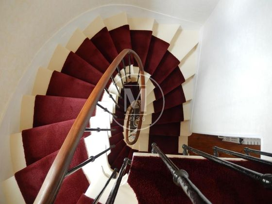 Vente maison 11 pièces 261 m2