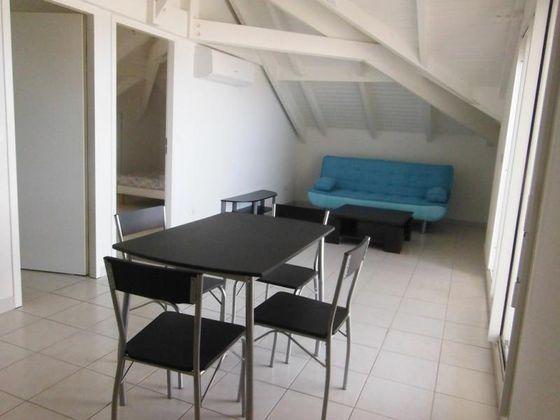 Location appartement meublé 2 pièces 40,6 m2