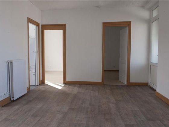 Vente divers 200 m2