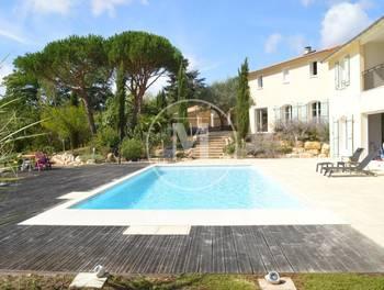 Villa 13 pièces 412,8 m2