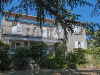 Maison 7 pièces 202 m2
