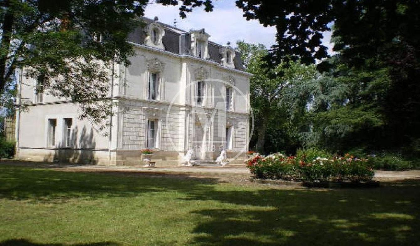 Manoir Poitiers