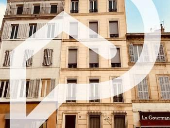 Divers 3 pièces 390 m2