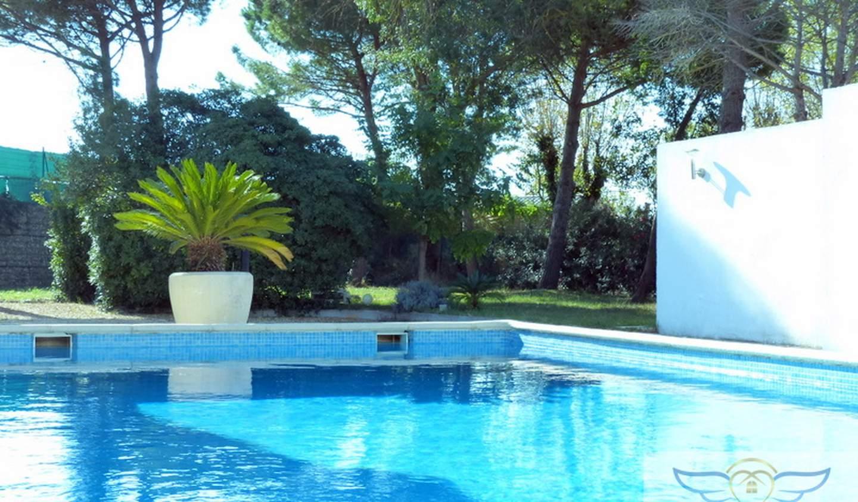 Villa avec piscine et terrasse Lattes