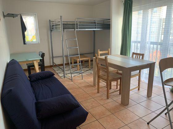 Location studio 30,2 m2